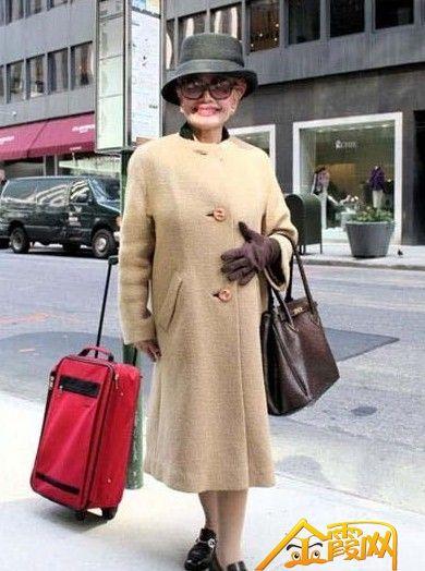 欧洲老年人的耀眼时尚街拍