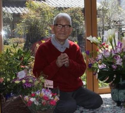 日本老年人退休后的丰富生活纵览