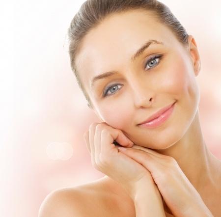 夏季中老年女性皮肤控油小诀窍
